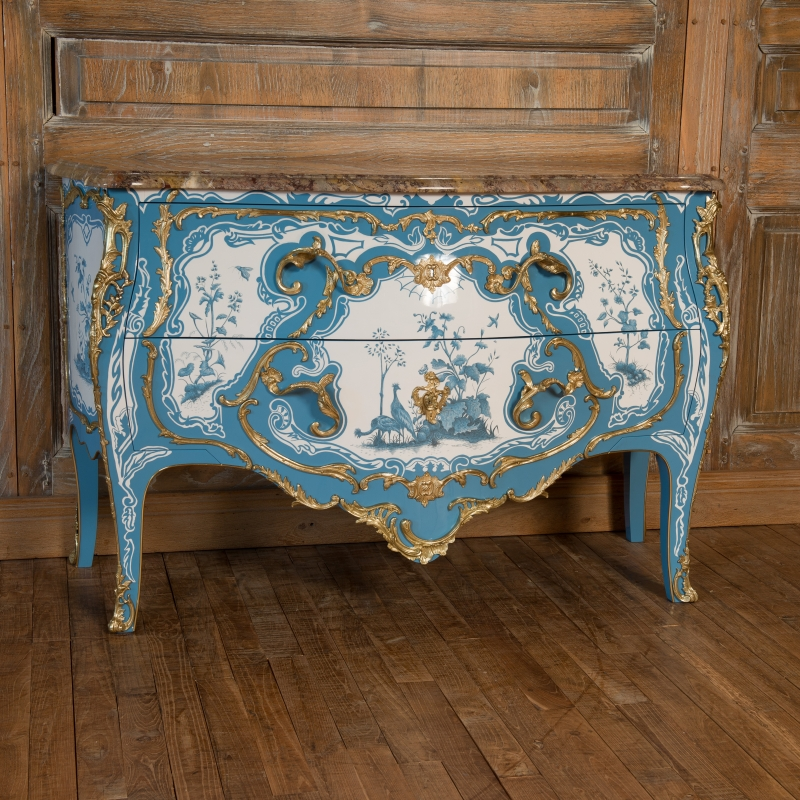 Commode Criaerd style Louis XV