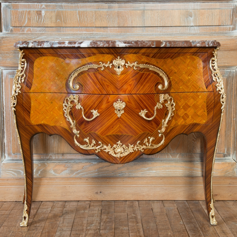 Commode Cressent style Louis XV