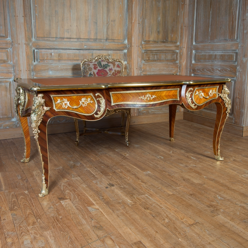 bureau cressent de style louis xv louis xv ateliers allot meubles et si ges de style. Black Bedroom Furniture Sets. Home Design Ideas