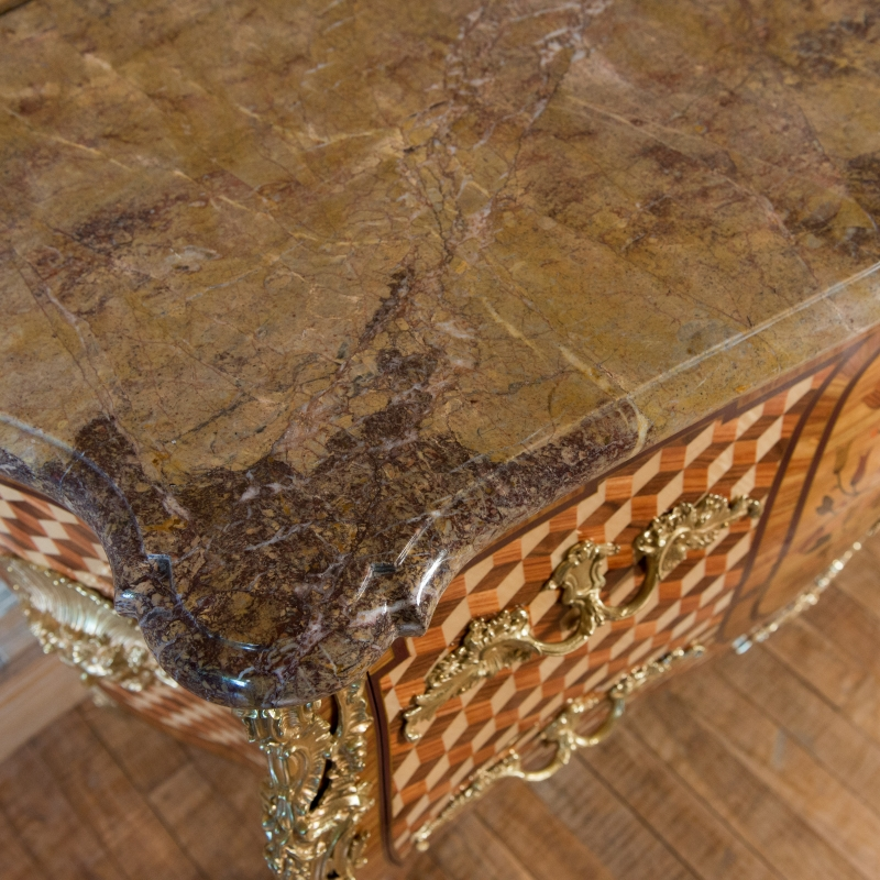 Commode Bircklé style Louis XV