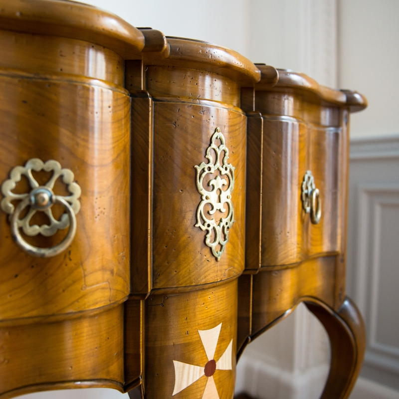 Commode Clisson style Louis XV