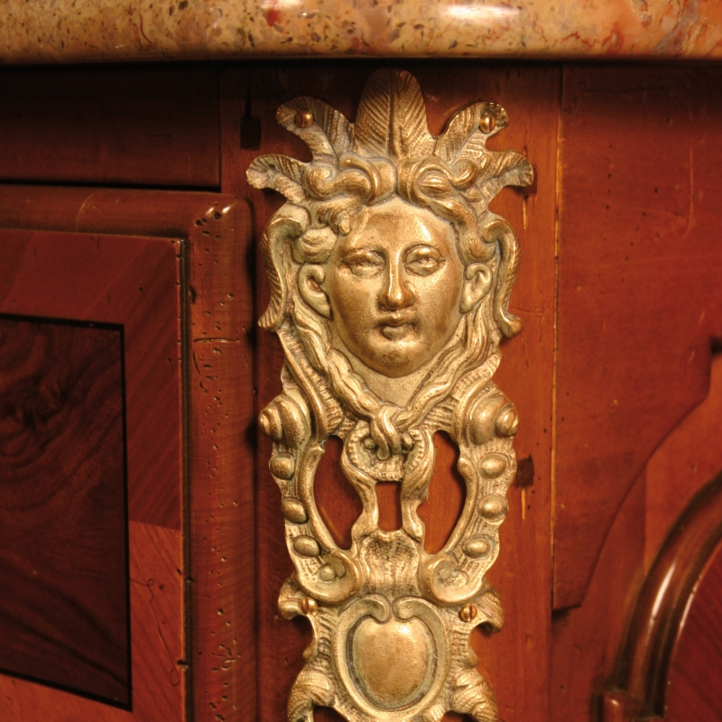 Commode Restif style Louis XIV